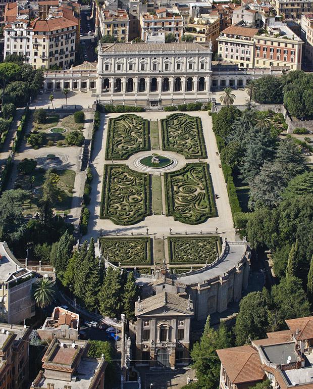 Villa Albani E Piazza Villa Albani Roma