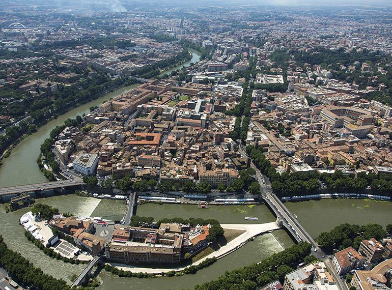 Roma dall'alto e le sue storie